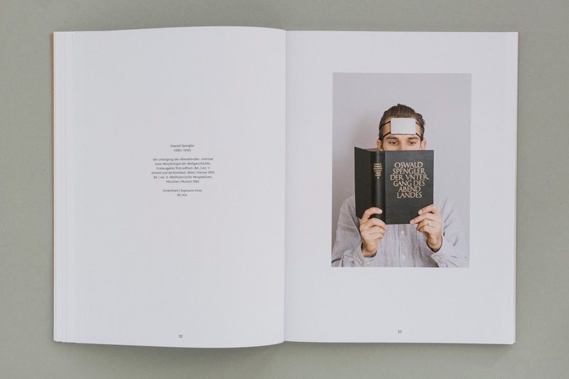 layout for exhibition catalogue of »Julian Röder – Licht und Angst«
